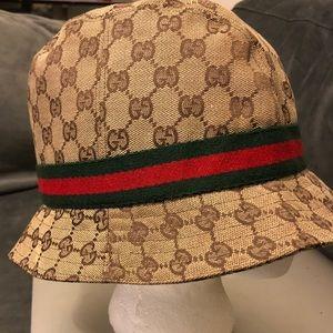 0f8cfbcbbf8 Women s Authentic Gucci Hat on Poshmark